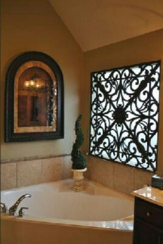 حفاظ پنجره نصب شده در حمام