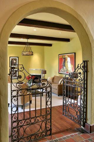 درب فلزی برای داخل منزل